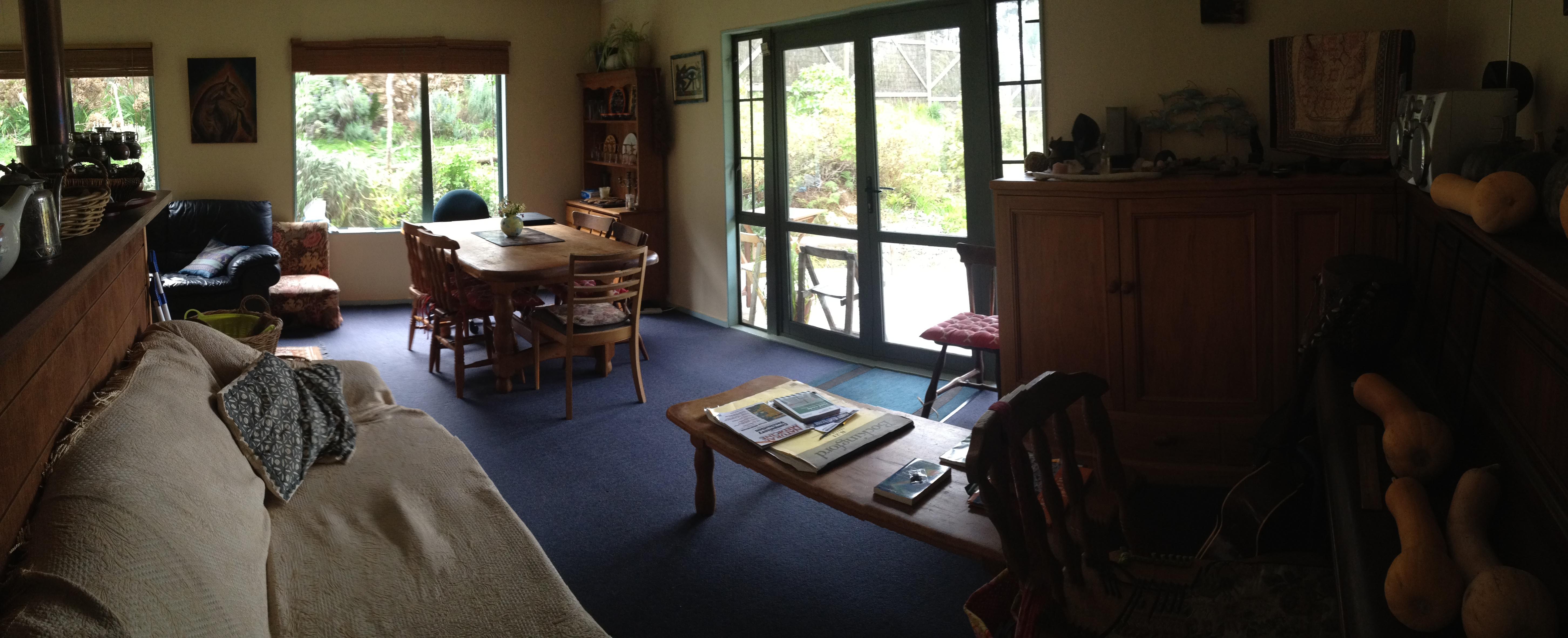 Crystal Bay Lodge - Lounge/Dining Area