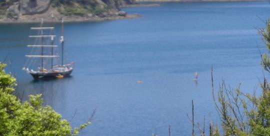 Crystal Bay  15 mins)