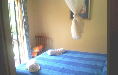 Rose Cottage - Main Bedroom